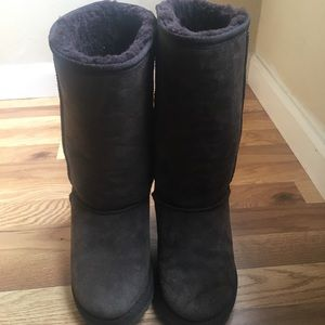 Emu boots size 8